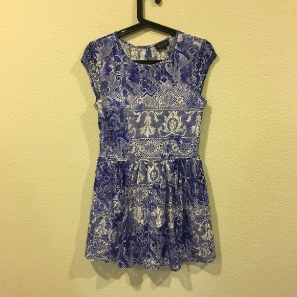 Topshop Dresses & Skirts - Topshop blue and white lace dress